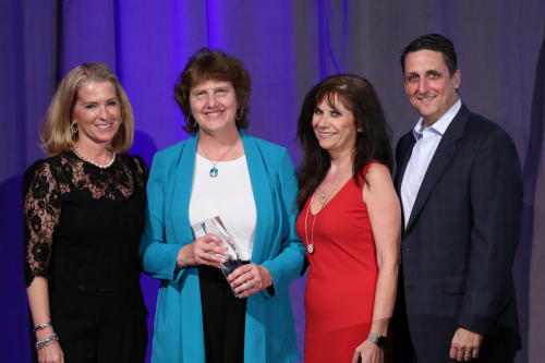 Shirley Byard recieving Sage 50 President's Circle Awar'