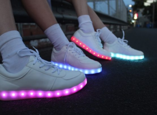 full moon shoes'