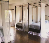 A bedroom at Imagine Sober Living.