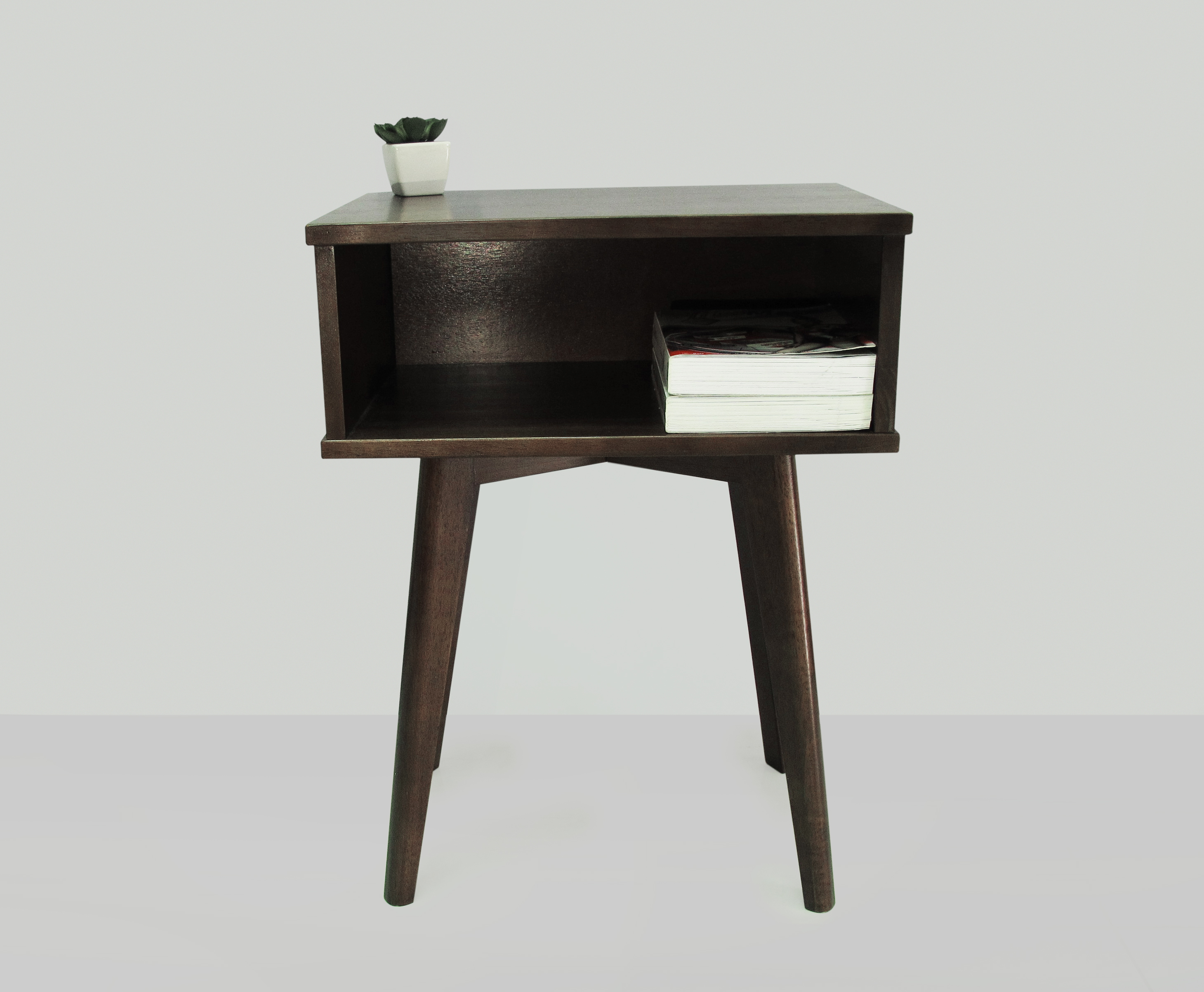 Silvaria Side Table