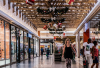 shopping mall'