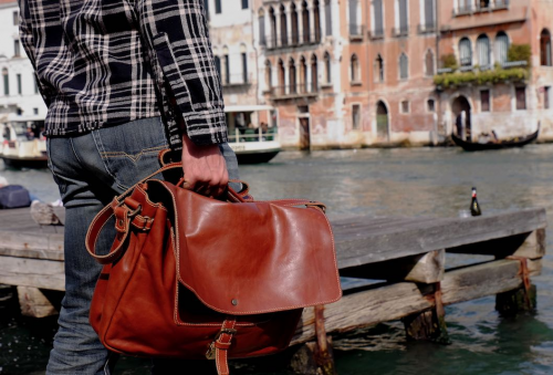 Made in Italy Leather Messenger Bag'