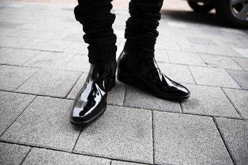 taller shoes'