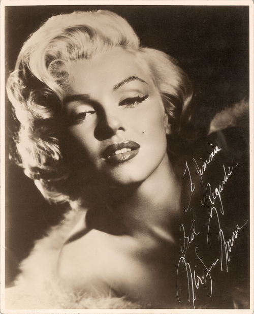 Marilyn Monroe Signed Photograph'