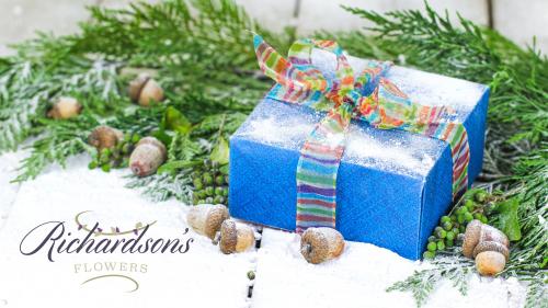 Richardson's Holiday Arrangements'