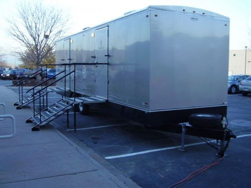 Portable Restrooms for weddings'