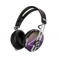 SPECIAL EDITION HEADPHONES CELEBRATING THE PINK FLOYD EXHIBI
