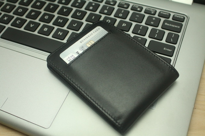 Slim Bifold Wallet 07