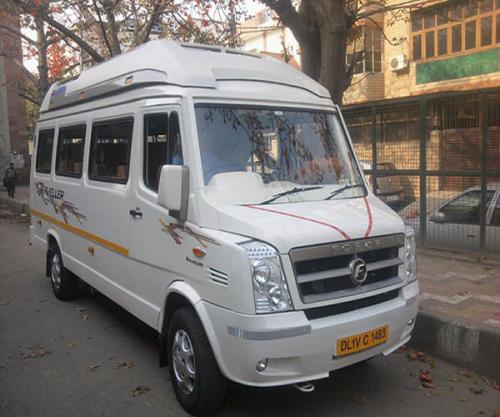 15 Seater Tempo Traveller'