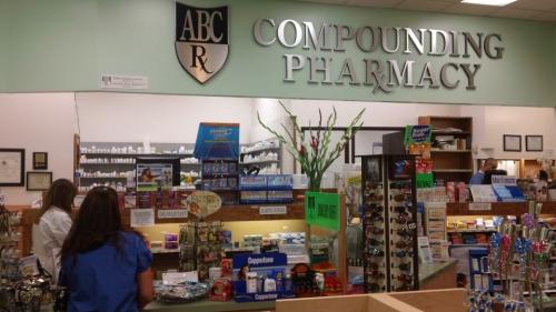 tarzana compounding pharmacy'