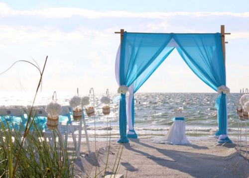 Florida beach weddings'