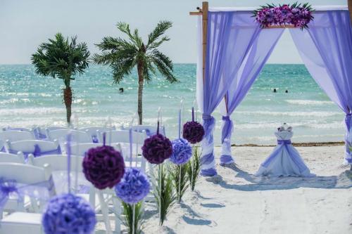 Florida beach wedding packages'