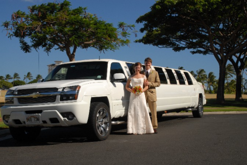 Luxurious Limousines for Special Events from a Limo Toronto'