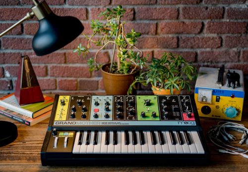 GRANDMOTHER:  MOOG MUSIC DEBUTS NEW SYNTHESIZER AT MOOGFEST'