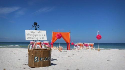Weddings on the beach'
