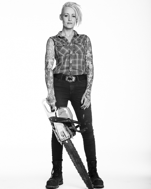 Austin-Based International Chainsaw Sculptor Griffon Ramsey'