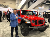 Philadelphia Car Show 2020.Charitable Minded Philly Car Guy Gary Barbera Receives