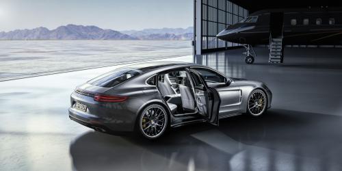 Luxury Cars Market'