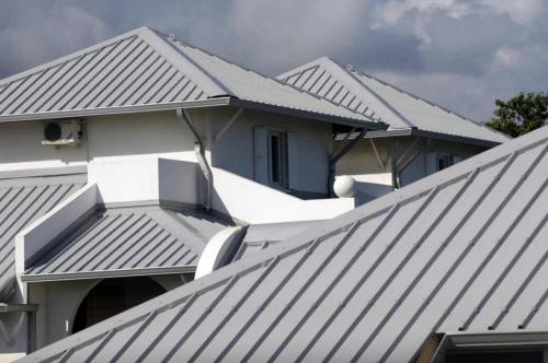 Jones Roofing'