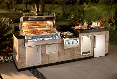 E790i Built-in Outdoor Grill by Echelon'