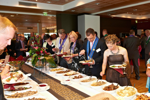 Full-Service Restaurants Market'