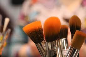 Natural Cosmetic Color Market'
