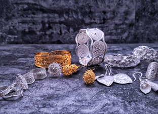 Silver Filigree Collections of Light Stone'