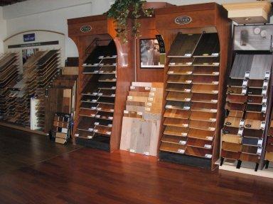 Company Hardwood Floor Specialists'