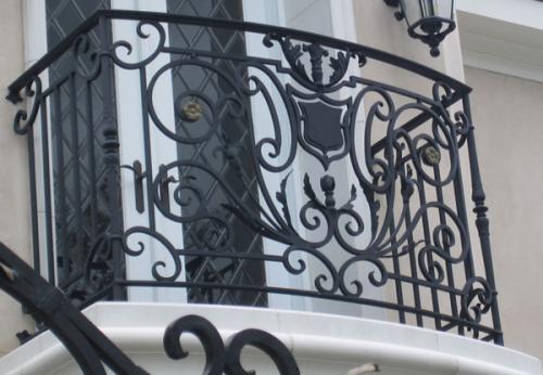 balcony.jpg'