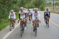 LIVALL Sponsors Winners of Riding to the Moon with Qinghai L