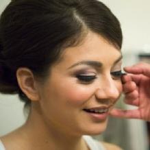 Professional Makeup Artist'