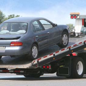 24 Hour Towing Service'