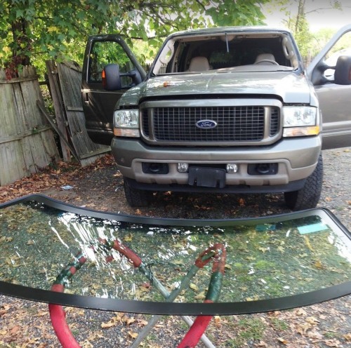 Windshield Replacement'