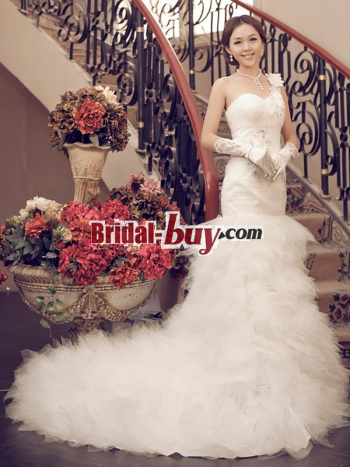 Bridal-buy.com Launch the Wedding Dresses Promotion to All C'