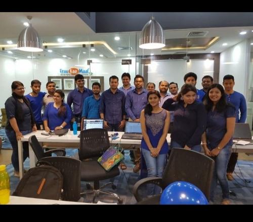 FreeKaaMaal Office and Employees'