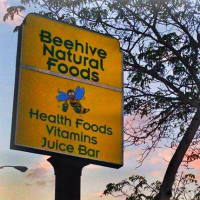 Beehive Cafe And Juice Bar Logo