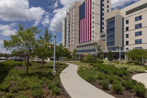 American Flag on Intermountain Medical Center 2'