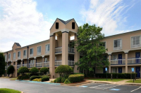 Norcross Inn and Suites Logo