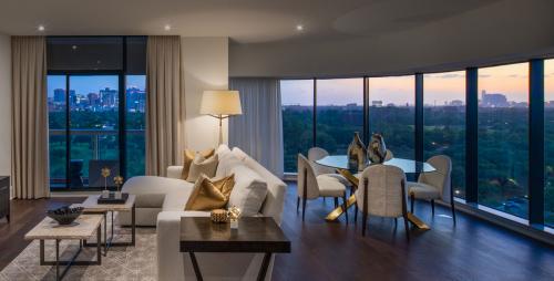 Houston penthouse condos for sale'