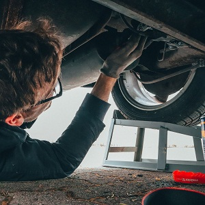 Auto Maintenance, State Vehicle Inspections, Alignments, Tra'