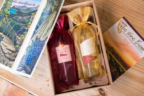 Sample Gold Wine Club Gift Shipment'