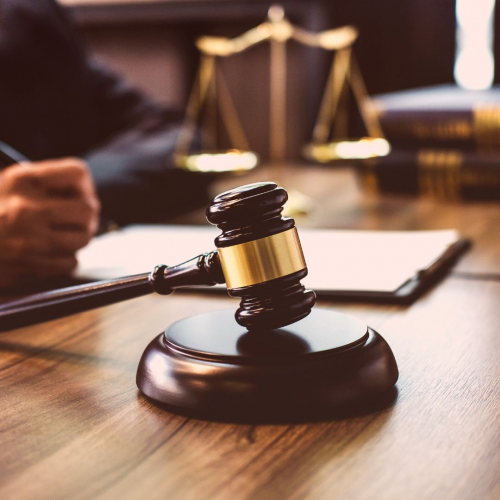 Lawyer'