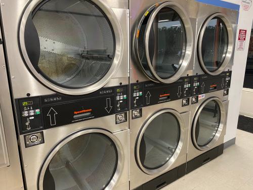 Coin Laundromat'