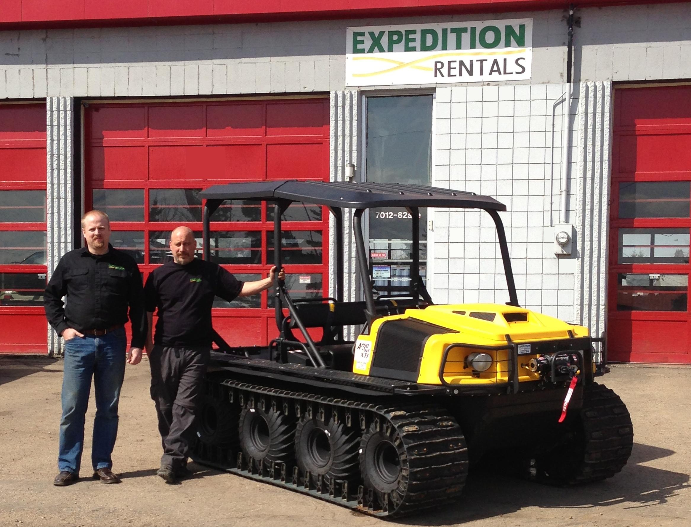 Expedition Rentals' Richard Wharmby, (l) and Wayne Moc