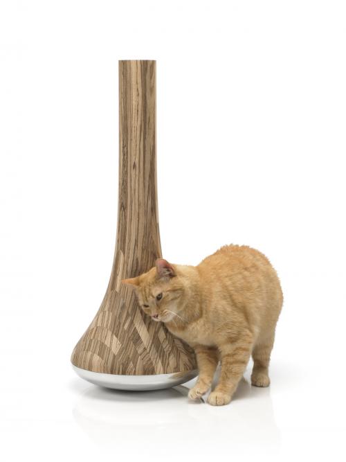 Leo Cat Scratching Post'