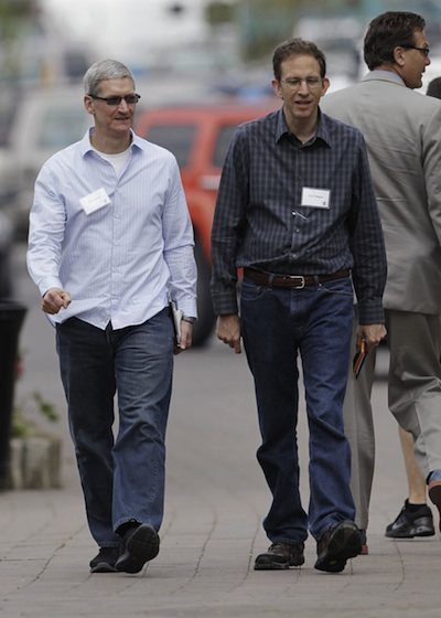 Tim Cook with Paul Sagan at Sun Valley Conference 2012'