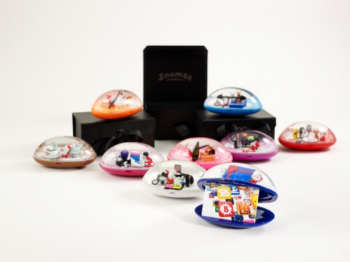 Snomee Presents Collection of Snow Globe Gift Card Holders a'