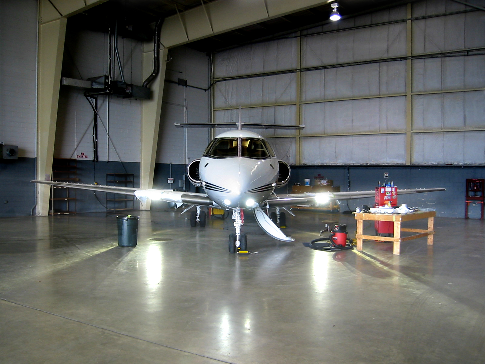 Hawker 800XP with light installed