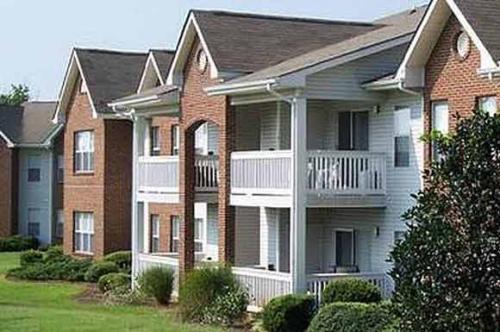 Davis Commons Apartments'