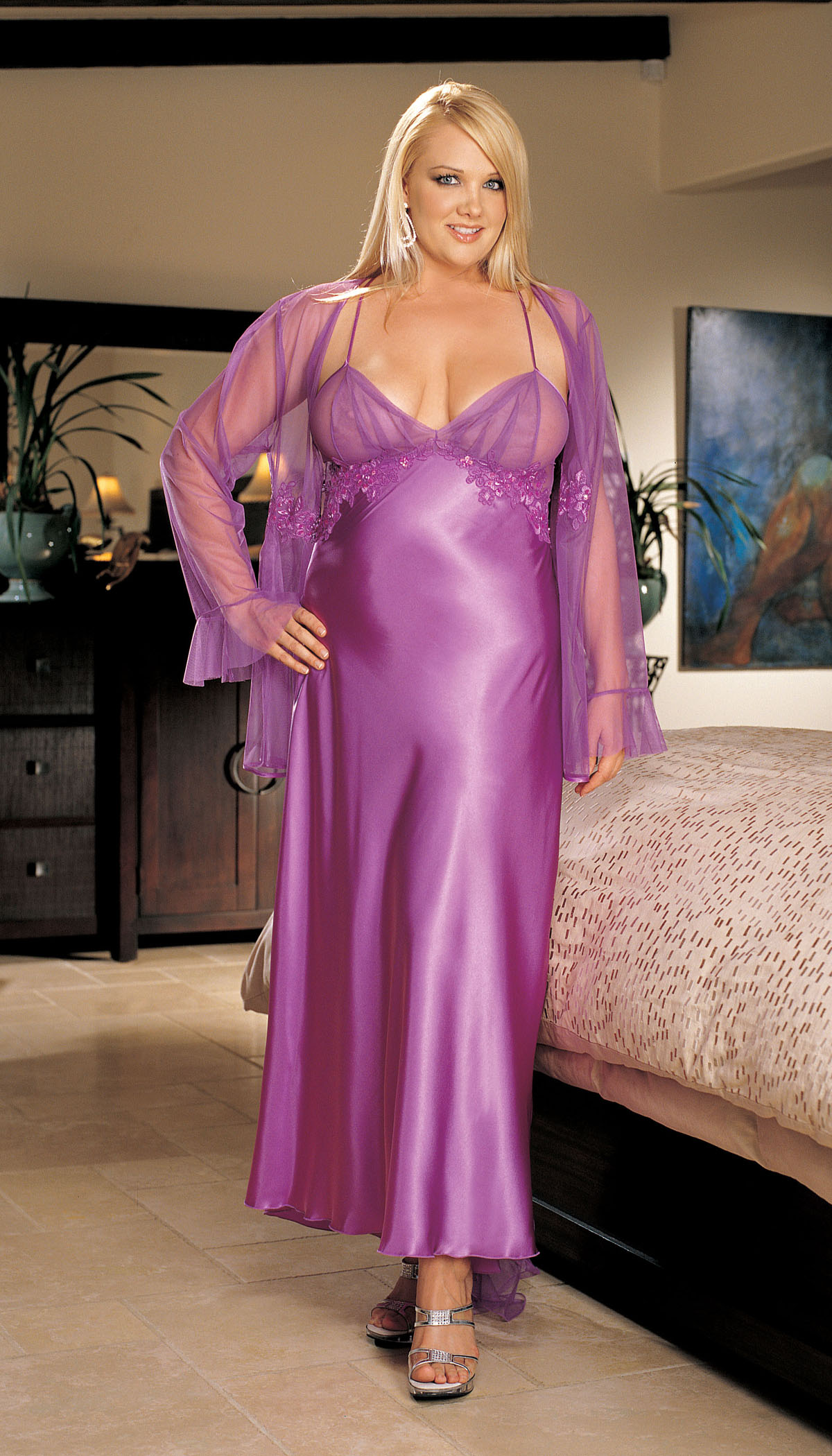 Website Offers High-Quality, Sexy, Plus-Size Lingerie for ...